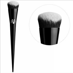 Kat Von D - 5 Edge Creme Contour Brush